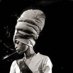 Janelle Monáe feat. Erykah Badu - Q.U.E.E.N.